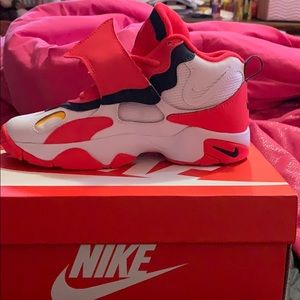 Nike Air Speed Turf (GS) Size 6Y